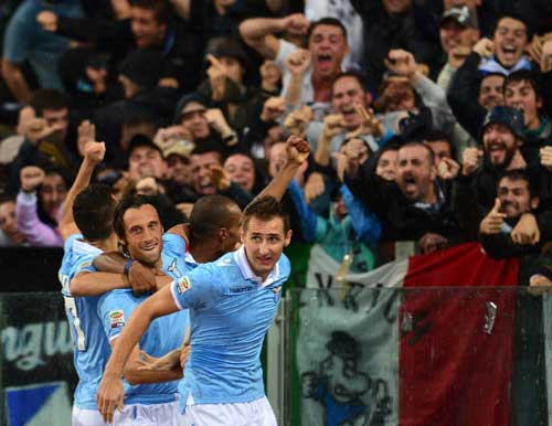 Serie A sau vòng 12: Juve xây ngôi đầu - 2