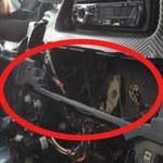 An ninh Xã hội - Dừng xe ô tô, bị trộm hộp điện