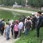 Tin tức trong ngày - HN: Hoảng hốt phát hiện xác bà cụ chết bên hồ