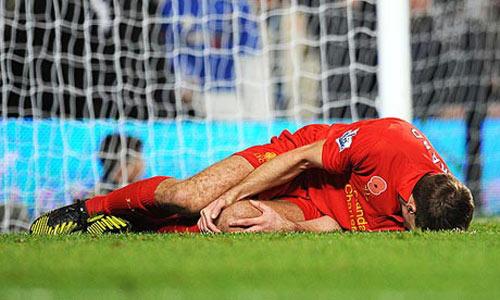 HOT: Navarro xin lỗi Ronaldo - 1