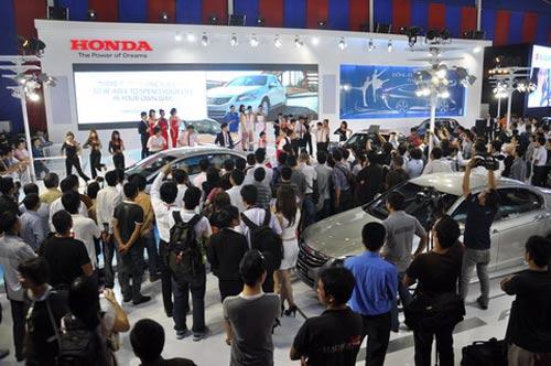 VAMA thất vọng với doanh số bán ô tô tháng 10 - 1
