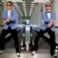 Siêu mẫu 4 con say mê nhảy gangnam style