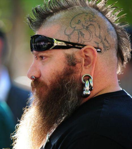 3.000 người thi râu đẹp - 3