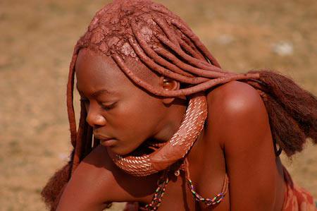 Kiểu làm đẹp dựng tóc gáy của phụ nữ - 6