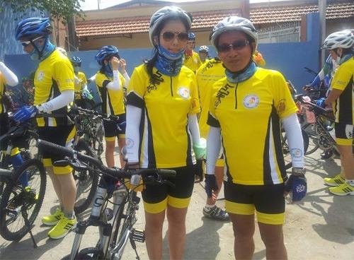 Thu Hiền tham gia đạp xe xuyên Việt - 5
