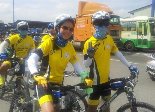 Thu Hiền tham gia đạp xe xuyên Việt - 6