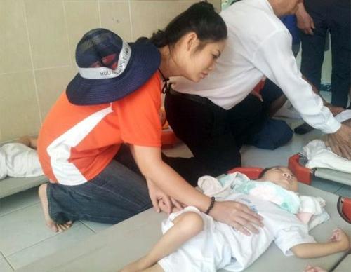 Thu Hiền tham gia đạp xe xuyên Việt - 18