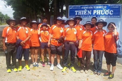 Thu Hiền tham gia đạp xe xuyên Việt - 16