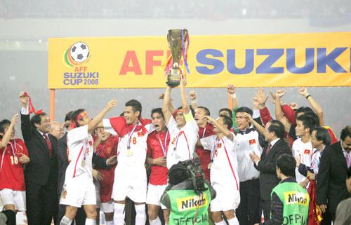 VFF nhận chỉ đạo trước thềm AFF Cup 2012 - 1