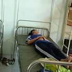 Tin tức trong ngày - 80 nữ sinh TPHCM ngất xỉu: Vì suy dinh dưỡng