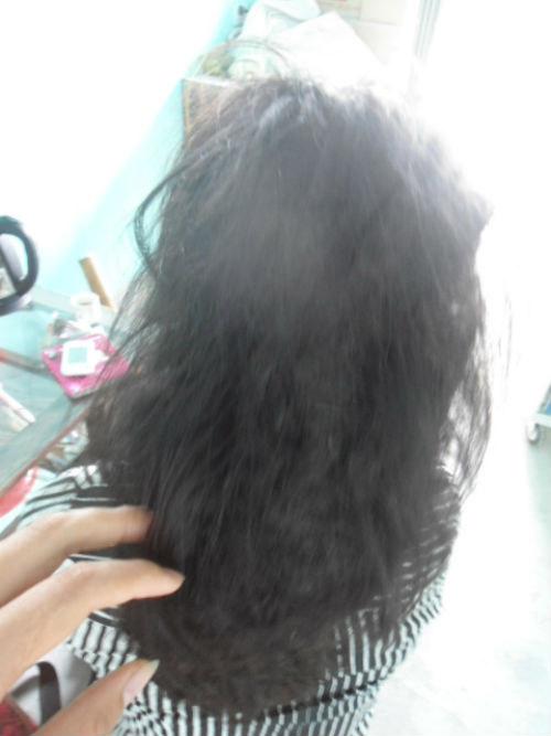 """Người phụ nữ khổ sở với mái tóc """"sư tử"""" - 3"""