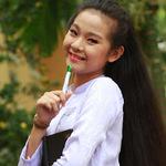 Phim - Tam Triều Dâng áo dài tinh khôi