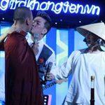 """Ca nhạc - MTV - Mr Đàm nhận lỗi vụ """"khóa môi"""" nhà sư"""