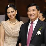 Phim - Chuyện tình thú vị của bố mẹ Louis Nguyễn