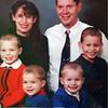 Mẹ trầm cảm dìm chết 5 con thơ