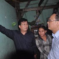 Xây nhà chống động đất cho dân