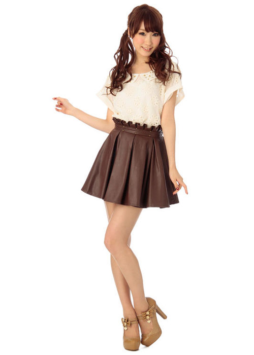 """Mặc váy da xòe """"chất"""" trong mùa lạnh - 7"""