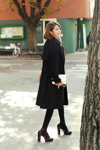 Váy ngắn và legging trẻ trung ngày lạnh - 8