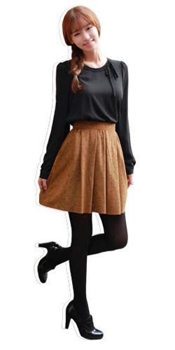 Váy ngắn và legging trẻ trung ngày lạnh - 2
