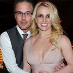Ca nhạc - MTV - Nhiễu sóng tin Britney cưới chồng lần 3