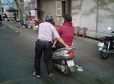 Những hình ảnh chỉ có ở Việt Nam (139), Cười 24H, chi co o viet nam, tranh vui, anh vui, tranh hai, anh hai, bao, cuoi 24h