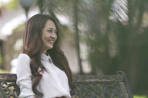 Bảo Anh đẹp hút mắt trong MV mới - 3