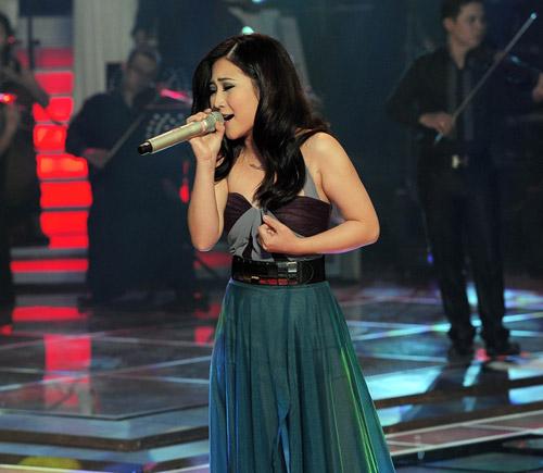 Nhìn lại hình ảnh Hương Tràm The Voice - 12