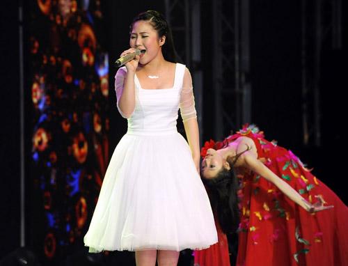Nhìn lại hình ảnh Hương Tràm The Voice - 4