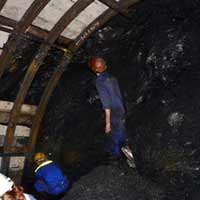 Sập lò than, 2 công nhân bị vùi lấp