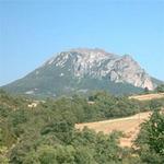 """Tin tức trong ngày - Phong tỏa ngọn núi """"không sợ Ngày tận thế"""""""
