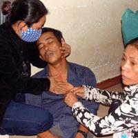 Trẻ sơ sinh lại chết, BV Quảng Ngãi náo loạn
