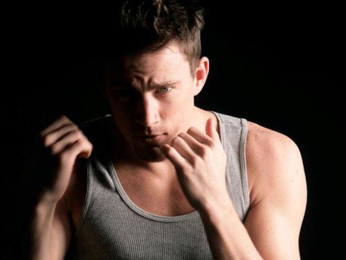 Đàn ông cơ bắp: Hấp dẫn và sống dai - 1