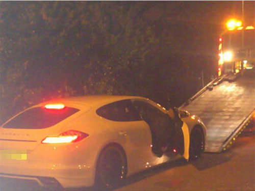 Porsche của Tevez bị tịch thu - 2