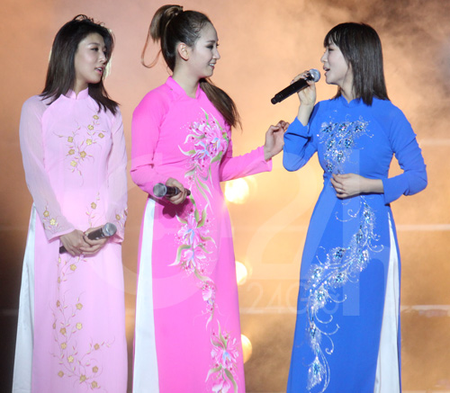 Wonder Girls mặc áo dài hát Nobody - 2