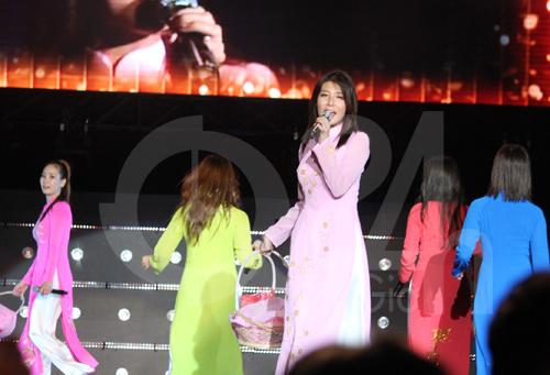 Wonder Girls mặc áo dài hát Nobody - 6