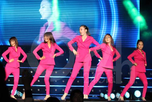 Wonder Girls mặc áo dài hát Nobody - 9