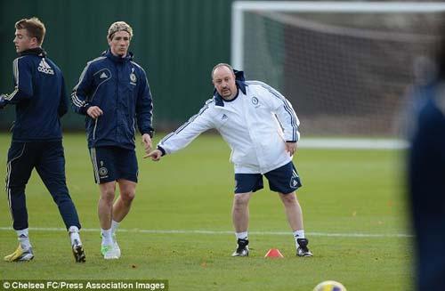 """Mancini """"khích bác"""" Benitez về Torres - 1"""
