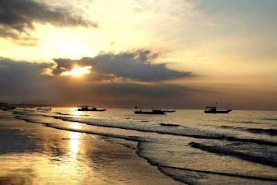 Khám phá bãi biển dài nhất Việt Nam - 5