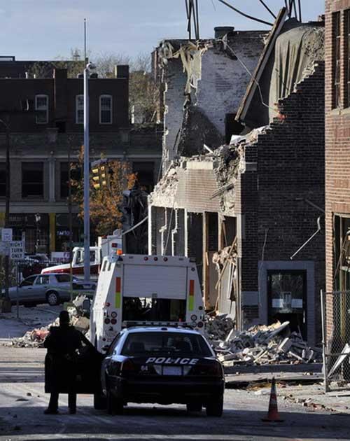 Bộ Ngoại giao Mỹ cháy: 4 người bị thương - 3