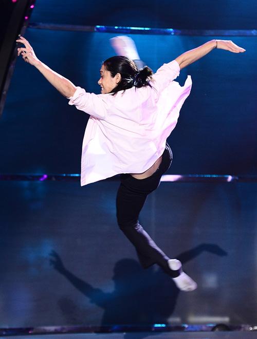 Xúc động với thí sinh Bước nhảy - 4