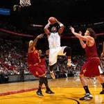 Thể thao - NBA: 10 pha bóng hay nhất ngày 25/11