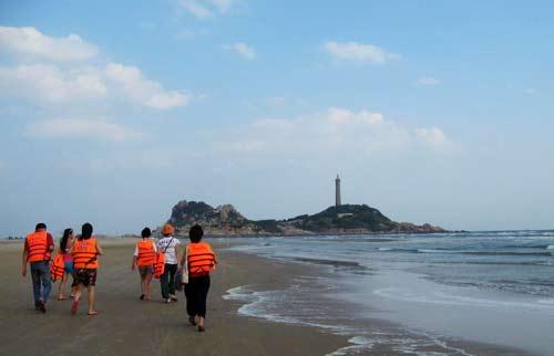 Ngọn hải đăng cổ nhất Đông Nam Á ở Bình Thuận - 2