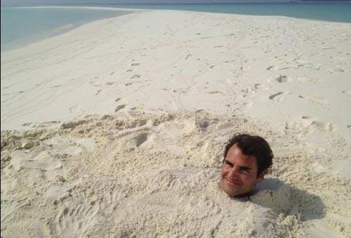 Federer khoe cảnh tắm cát - 1