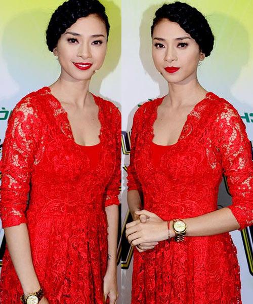 7 chiếc đầm ren đỏ tế nhị của sao Việt - 12