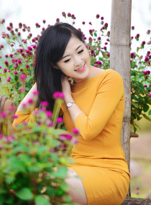 Nữ sinh Truyền hình khoe sắc giữa rừng hoa - 6