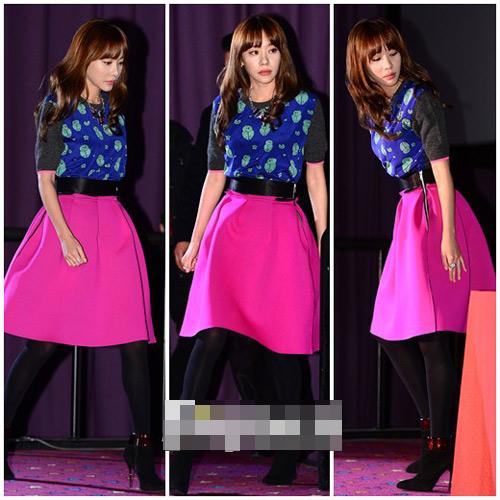Sao Hàn loay hoay giữ váy - 8