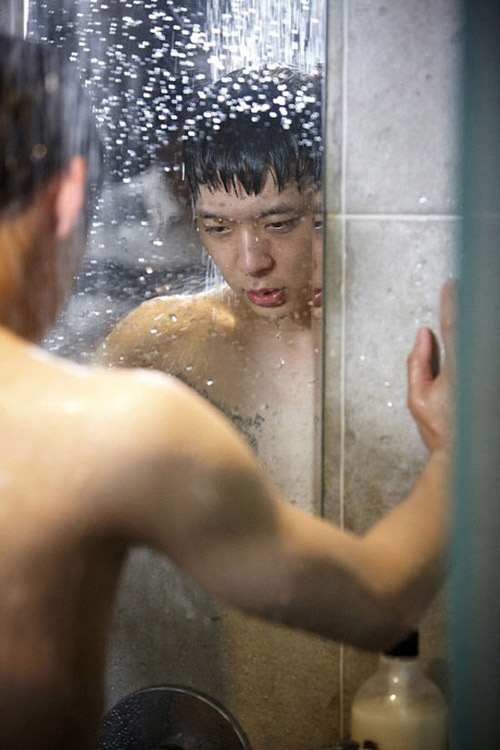 Mỹ nam Hàn sexy với cảnh tắm - 1