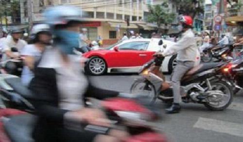 """Báo nước ngoài """"choáng"""" siêu xe ở Việt Nam - 1"""