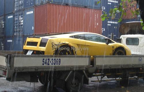 """Báo nước ngoài """"choáng"""" siêu xe ở Việt Nam - 2"""