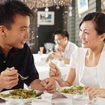 Sức khỏe đời sống - 7 bệnh dễ mắc nếu ăn tối không đúng cách